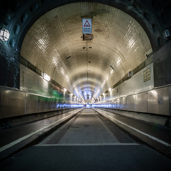 Fotowalk Alter Elbtunnel - Thema Blendensterne